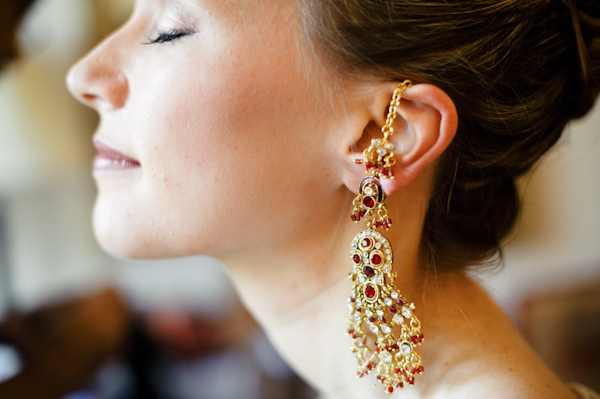 earings of bride - wedding photo by top Portland, Oregon wedding photographer Aaron Courter