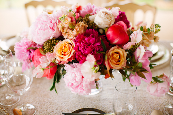 Beautiful and lush pink, gold and ivory centerpiece - Photo by Dan Stewart Photography