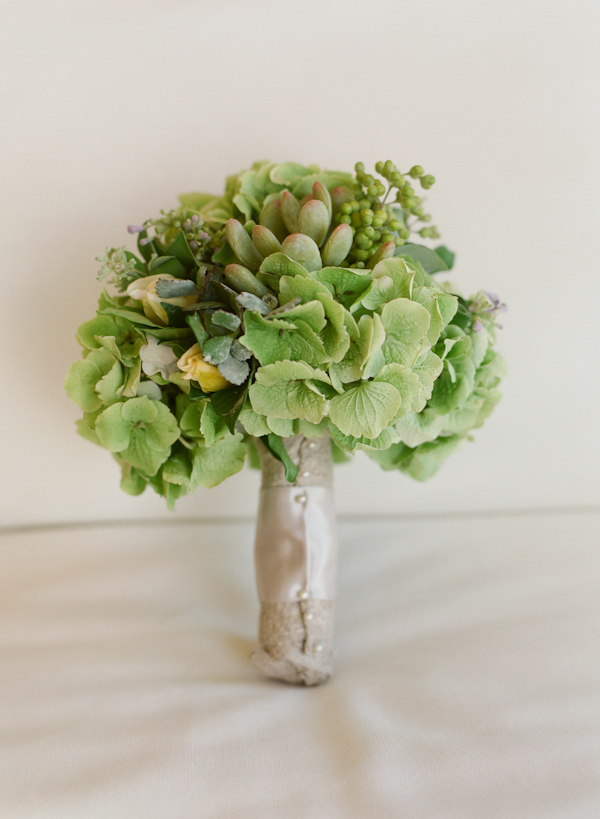 Bouquet of green flowers and succulents, photo by Elizabeth Messina Photography
