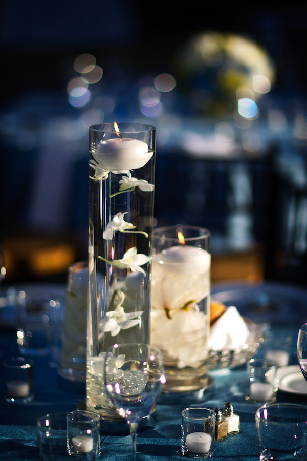 Beautifully Delicate Reception Centerpieces White Floating Flowers