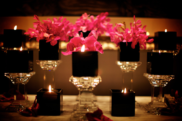 reception decor details - photo by Chicago based wedding photographer Kevin Weinstein