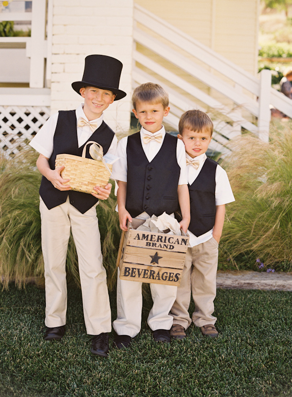 Cute little boys all dressed up - Photo by Michelle Warren Photography