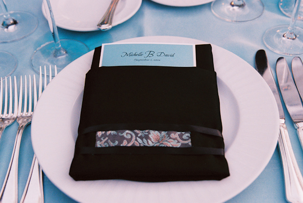 blue and white wedding place setting photo by Yvette Roman Photography