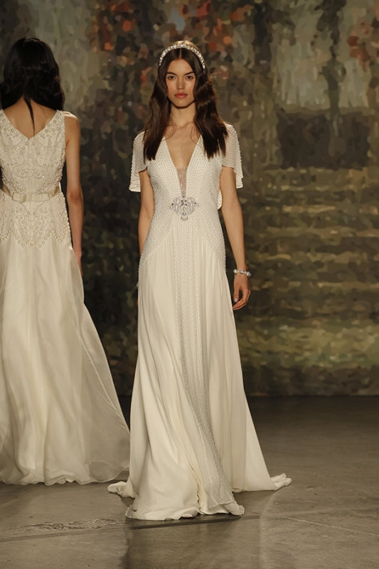 Jenny packham wedding dresses 2016 catwalk bridal collection jenny packham 2016 catwalk bridal collection junglespirit Image collections