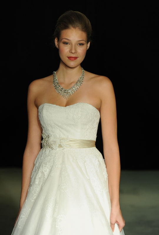 Anne Barge - Fall 2014 Bridal Collection  - Swan Lake Wedding Dress</p>