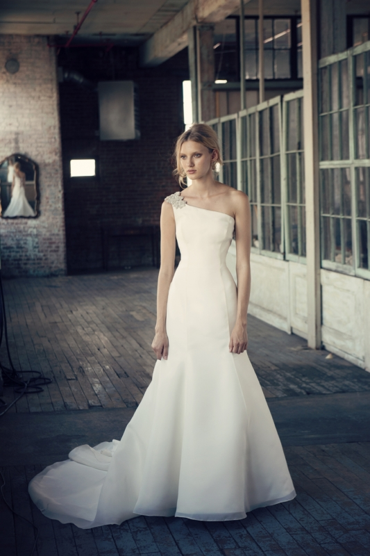 Michelle Roth - Fall 2014 Bridal Collection  - Reina Wedding Dress</p>