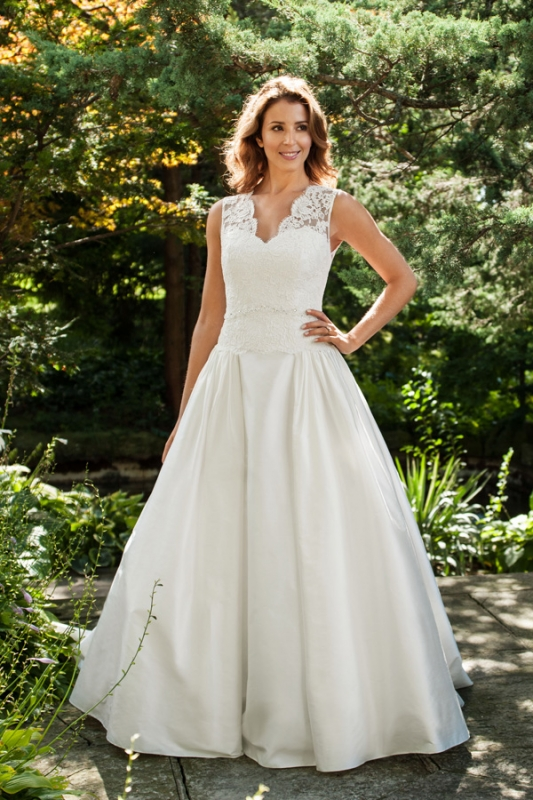 Lea-Ann Belter - 2014 Bridal Collection - Canadian designer