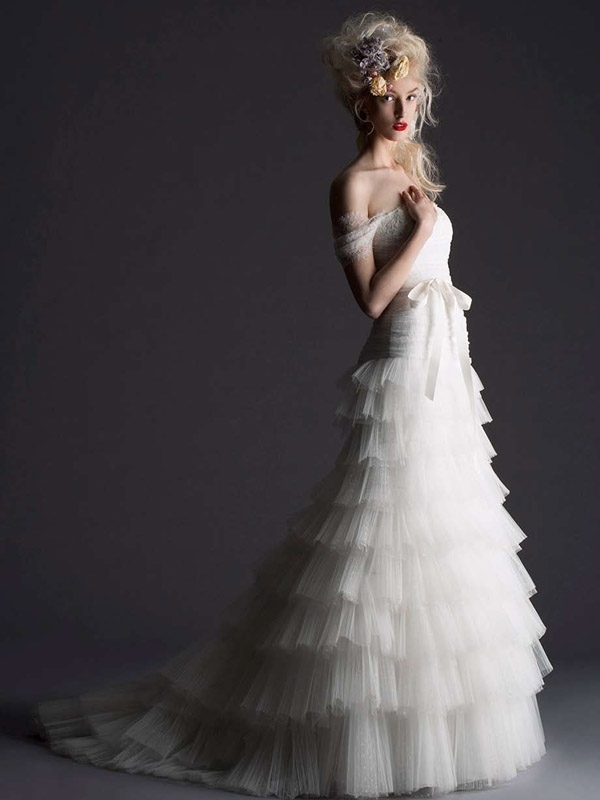 Cymbeline Paris - 2014 Bridal Collection - Hossana Wedding Dress</p>