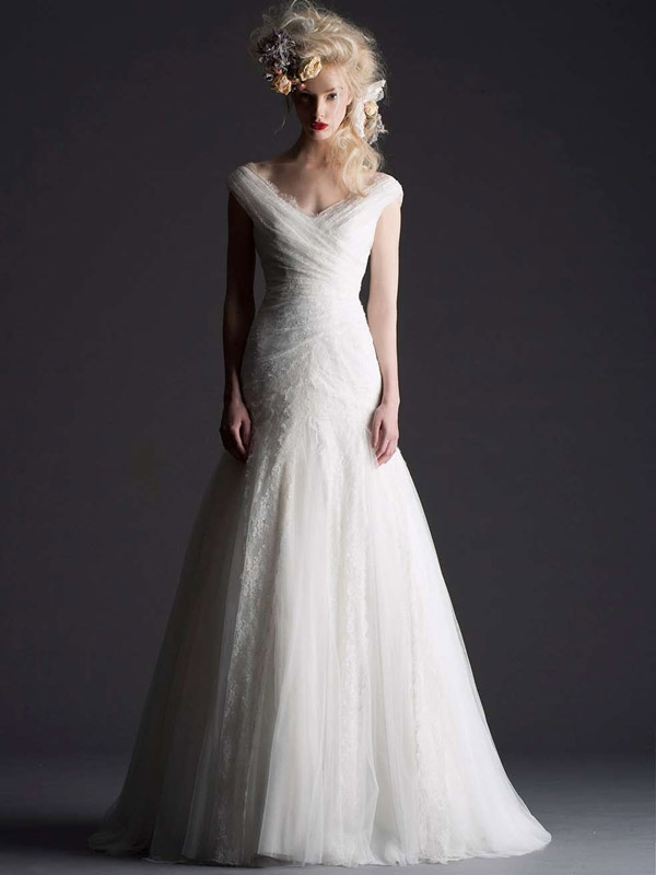 Cymbeline Paris - 2014 Bridal Collection - Hilona Wedding Dress</p>