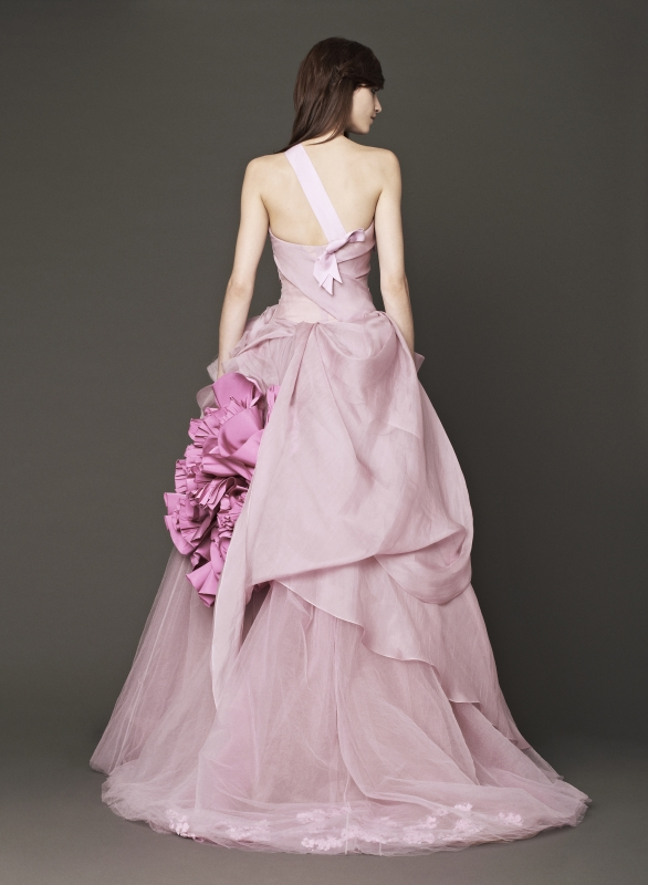 Vera Wang - Fall 2014 Bridal Collection - Wedding Dress Look 2