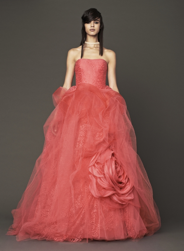 Vera Wang - Fall 2014 Bridal Collection - Wedding Dress Look 8