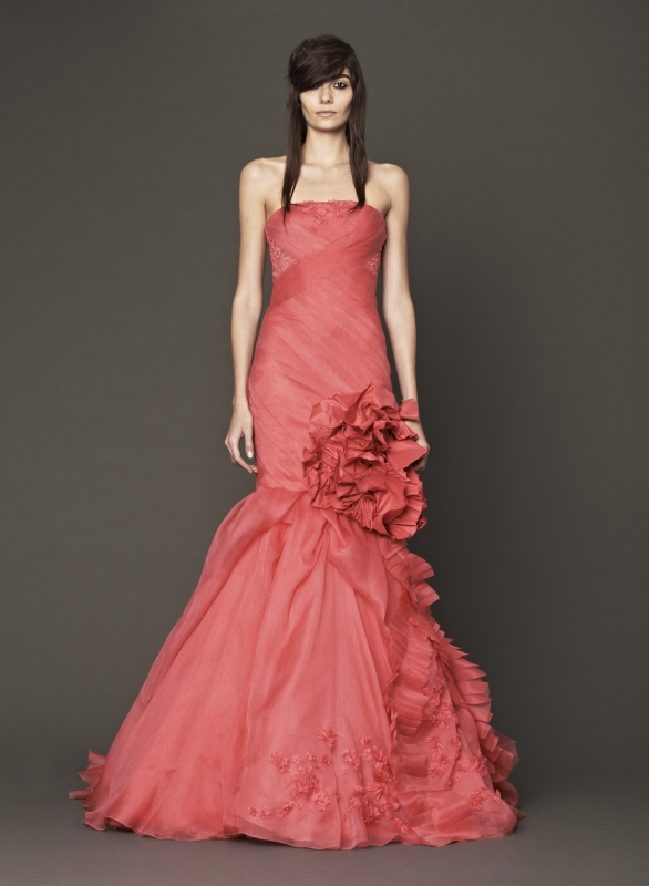 Vera Wang - Fall 2014 Bridal Collection - Wedding Dress Look 9
