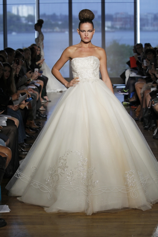 Ines Di Santo - Fall 2014 Couture Bridal - Halle Wedding Dress</p>