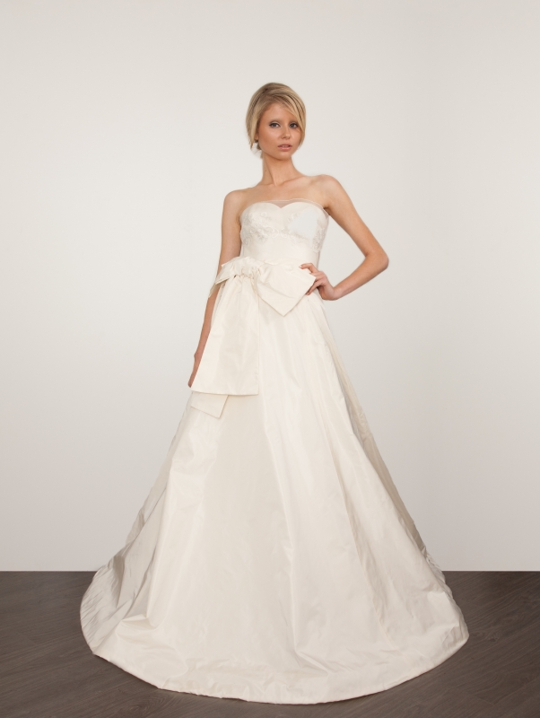 Sarah Janks - Spring 2014 Bridal Collection - <a href=