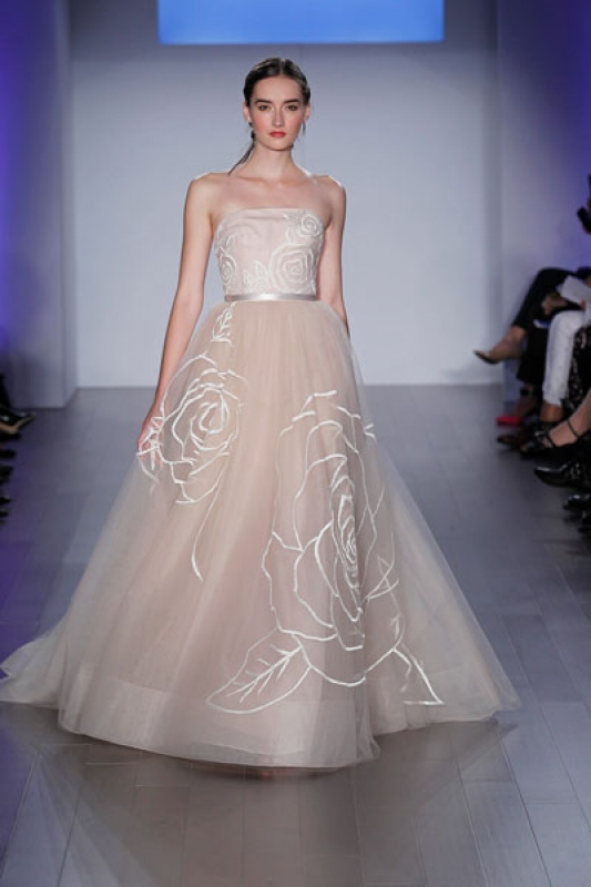 Jim Heljm Wedding Dresses.Jim Hjelm Wedding Dresses Bridal Accessories Gallery