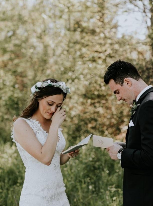 Junebug weddings best wedding photographers wedding planners 5 ways to include your favorite wedding traditions in your elopement junglespirit Images