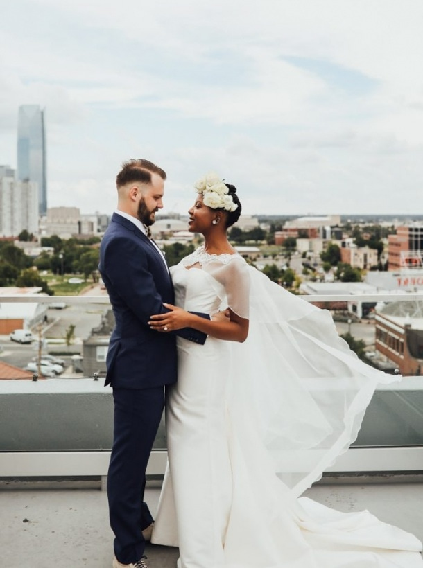 Whimsically Minimalist Okc Wedding At The Individual Artists Of Oklahoma Gallery