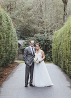 rustic wedding at The Old Edwards Inn, photo by Jonathan Connolly Photography | via junebugweddings.com