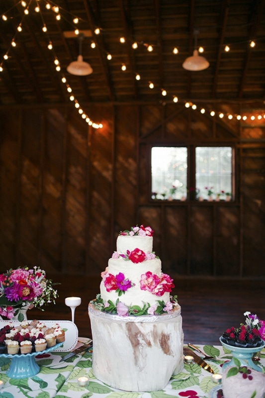 rustic wedding in Bellingham, WA, photo by Michele M. Waite Photography