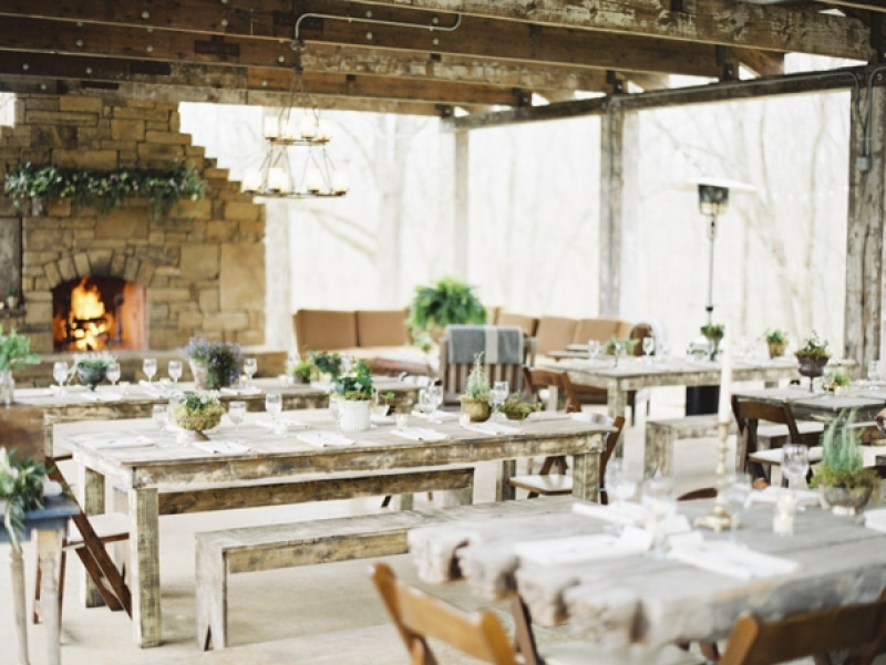 rustic and minimal table decor at wedding reception, photo by Erich McVey Photography
