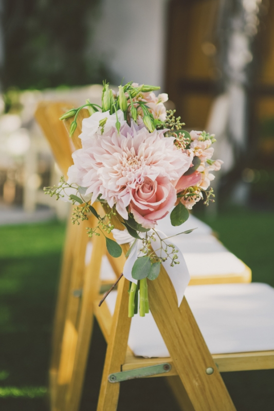 pink dahlia and rose floral arrangement for ceremony seating, photo by Closer to Love Photography