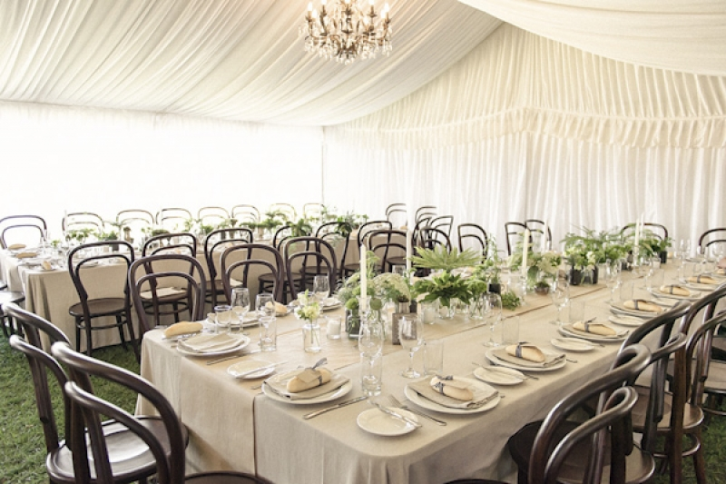 white tented wedding reception and table tops, photo by Studio Impressions