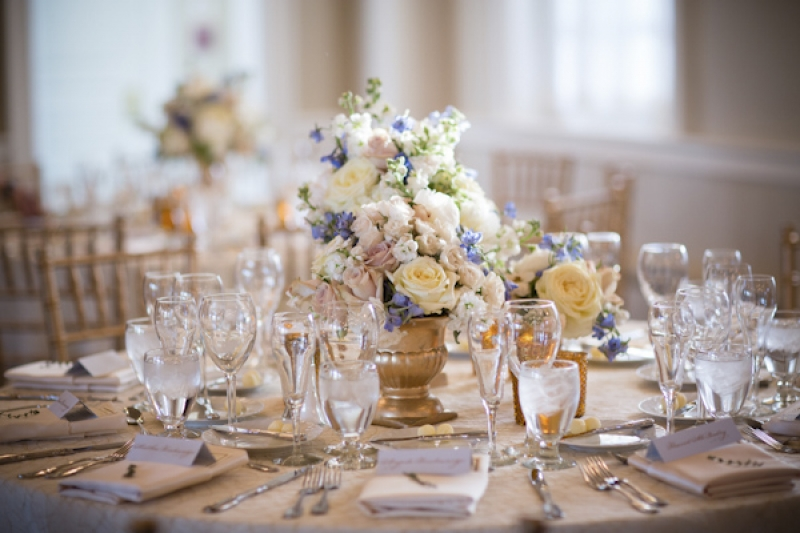 white and blue table setting, photo by Asya Photography