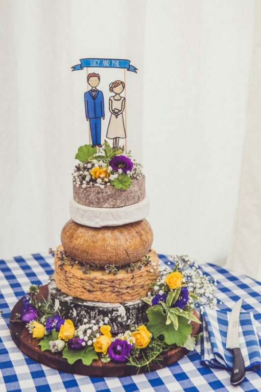 cheese cake tower wedding cake alternative