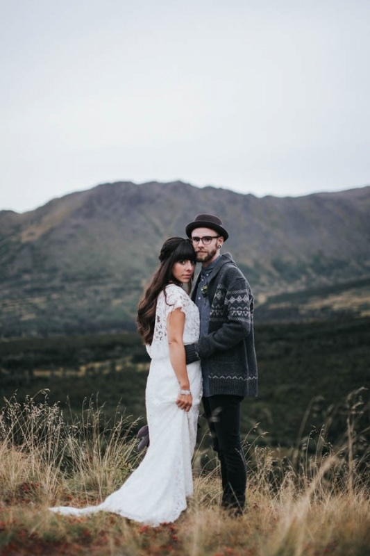 boho mountain couple portraits