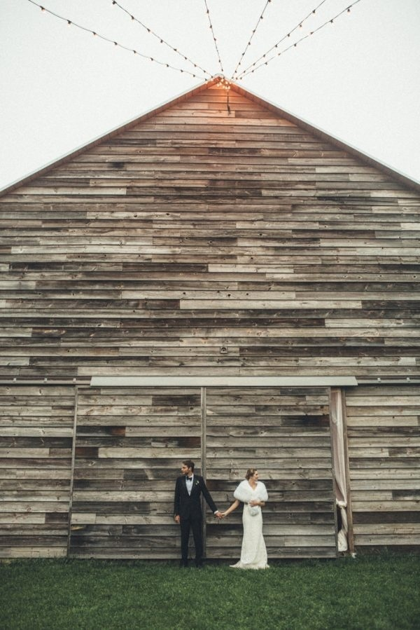 Gatsby-Inspired Barn Wedding at Handsome Hollow