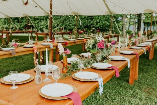 Rustic Quirky Backyard DIY Reception Tablescapes
