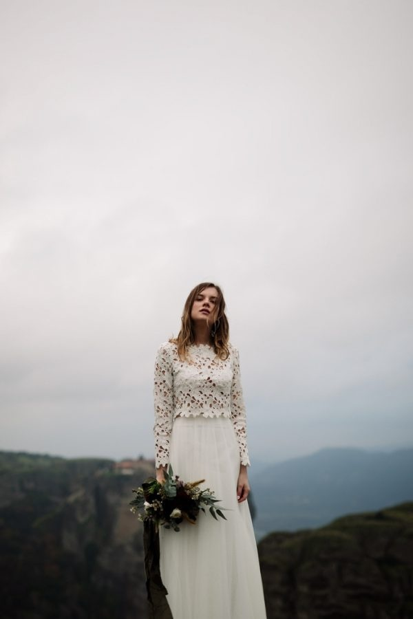 Rugged Elegant Bridal Elopement Style in Greece