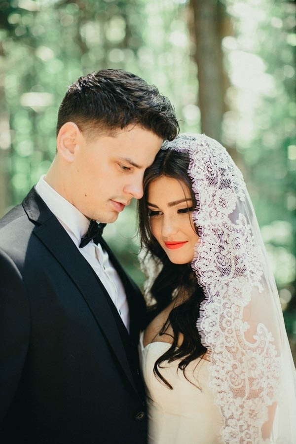 Elegant Glam Bride and Groom Style Inspiration