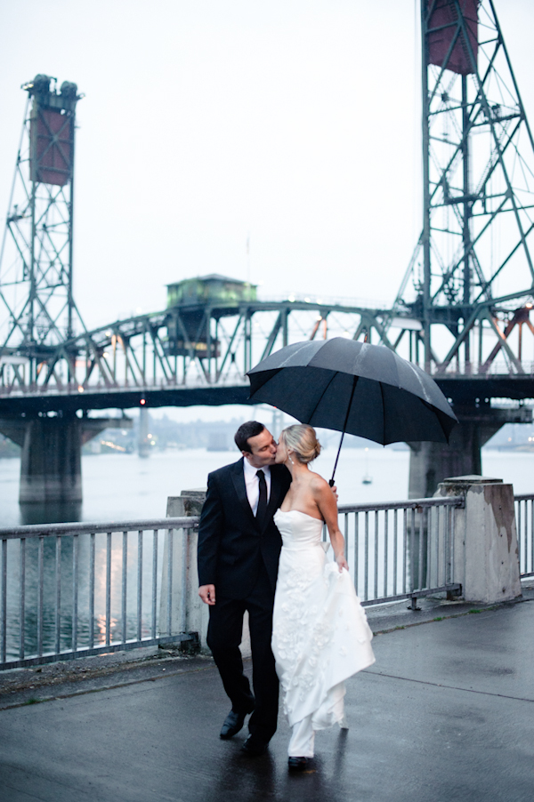 distinctive wedding photo by top Portland wedding photographer Aaron Courter