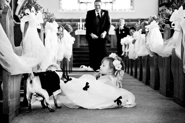 Thats Hilarious 122012 Hilarious Flower Girl Photo By Vue Photography