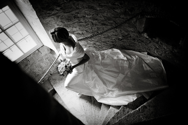 Creative wedding photo by top England wedding photographer Jez Dickson Creative Ltd | via junebugweddings.com