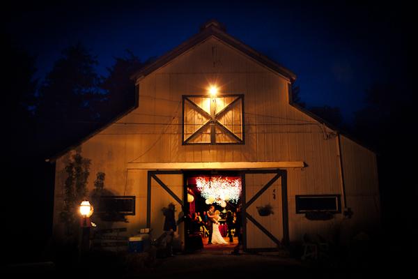 Neacoxie Creek, Oregon Rustic Barn Wedding Photo ...