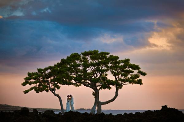 gorgeous modern wedding photography by award-winning San Diego-based destination wedding photographer Brett Butterstein | Junebug Weddings