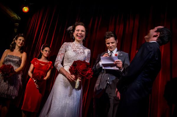 red and black glamorous and vintage inspired wedding, photos by Davina and Daniel | via junebugweddings.com