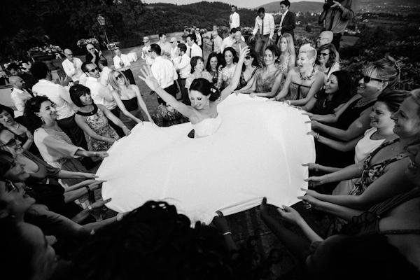 A Romantic Enchanting Italian Wedding In The Umbrian: Romantic And Enchanting Florence Wedding With Photos By