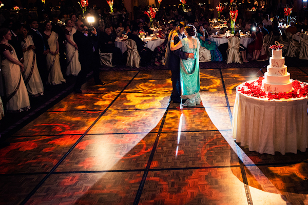 South Asian wedding in Cincinnati, Ohio with Photos by Studio Uma | junebugweddings.com