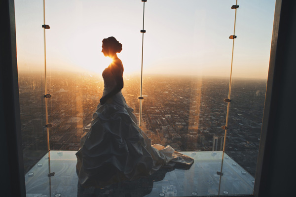 wedding photo by Chicago based DWJohnson Studio | via junebugweddings.com