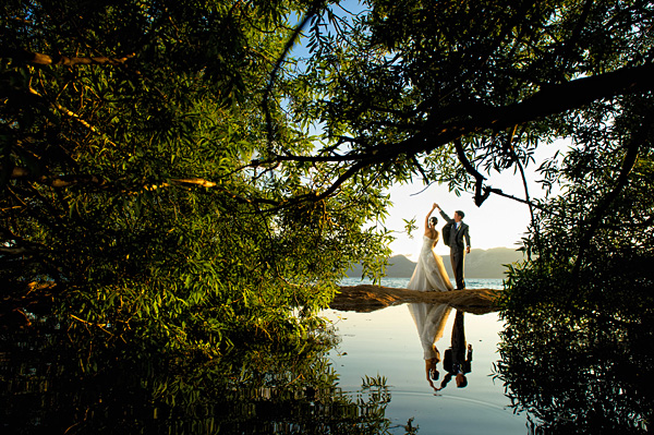 wedding photo by Lake Tahoe based Theilen Photo | via junebugweddings.com