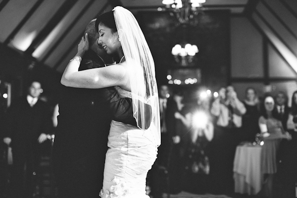 wedding at Lake Valhalla Club in Montville, New Jersey with photos by Pat Furey Photography | via junebugweddings.com