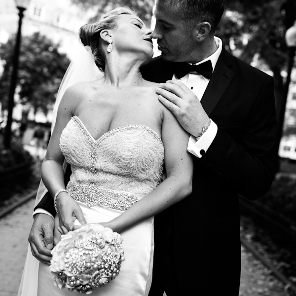 glamorous wedding photos by top Philadelphia wedding photographer Scott Lewis Images | 