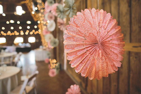 vintage colorful wedding at The Windmill Winery in Arizona with photos by Ventola Photography | junebugweddings.com