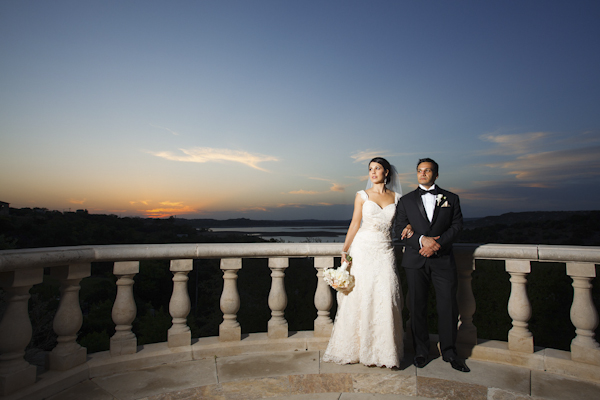 wedding at Villa Del Lago in Austin, Texas, Photos by Jake Holt Photography | via junebugweddings.com