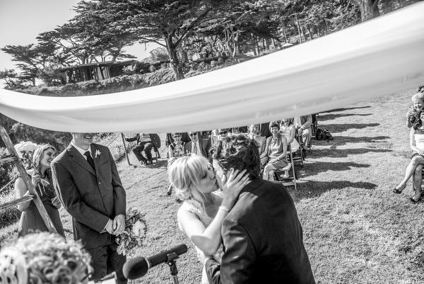 wedding at Private Estate in Big Sur, California, photos by Mott Visuals Wedding | via junebugweddings.com