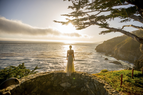 sunset wedding photo by Mott Visuals Wedding | via junebugweddings.com