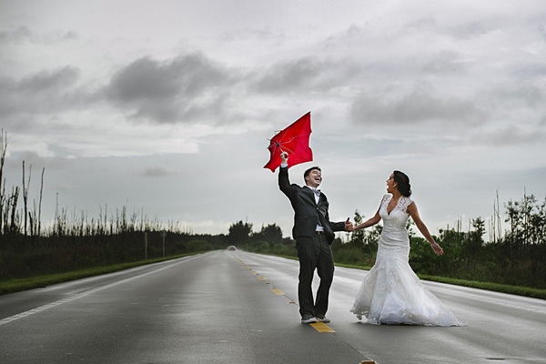 wedding photo by Florida based wedding photographer Soul Echo Studios   junebugweddings.com
